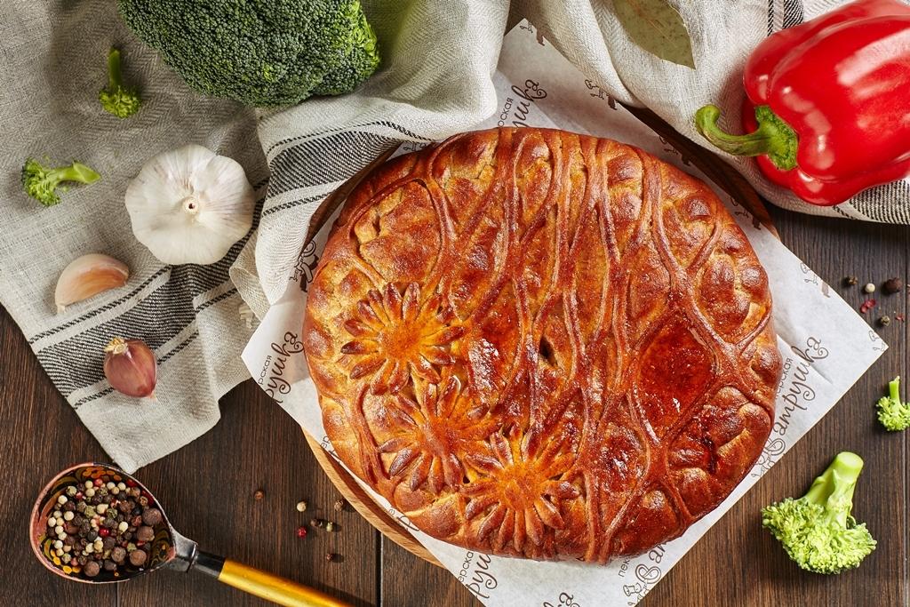 Фитнес пирог с индейкой, брокколи, перцем и сыром 1