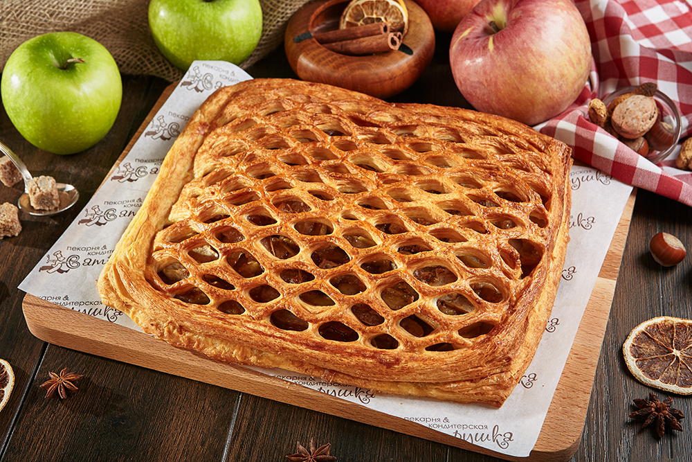 Пирог с яблоком и корицей 2