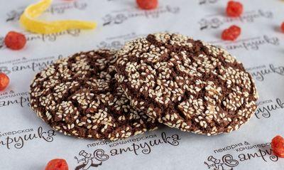 Печенье Американо шоколадное с кунжутом